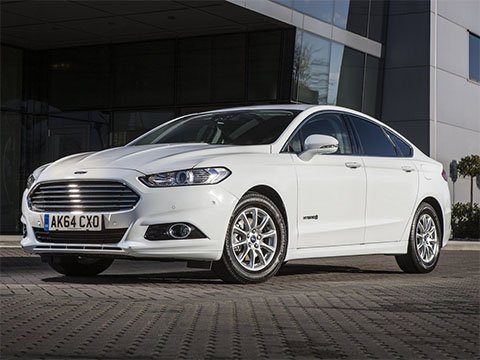 Ford Mondeo HEV - recenze a ceny