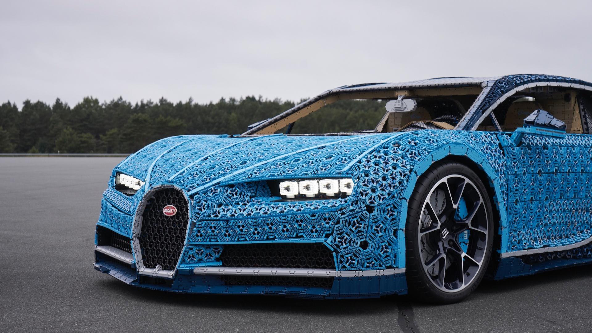 Bugatti Chiron z Lega