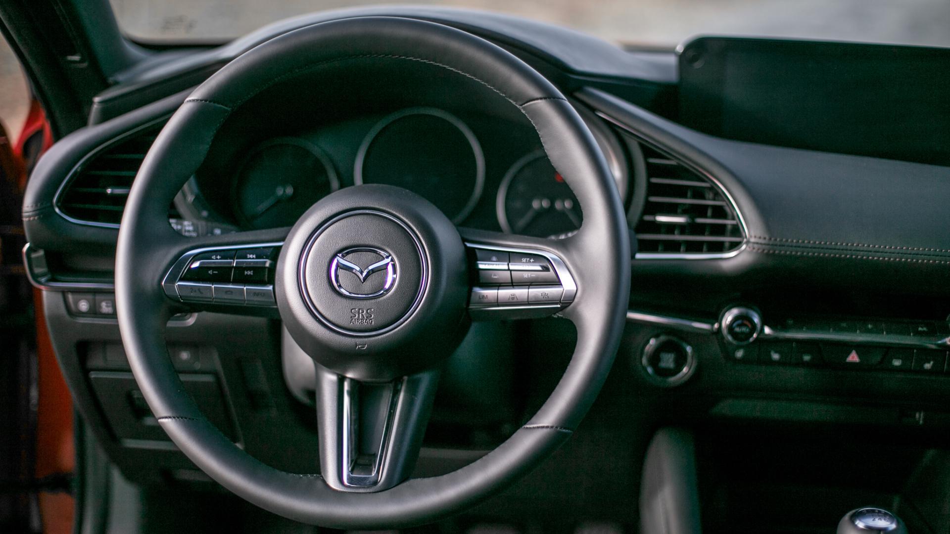 Nová Mazda 3 - interiér