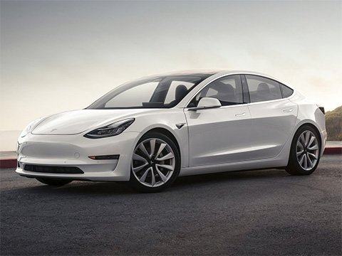 Tesla Model 3 - recenze a ceny
