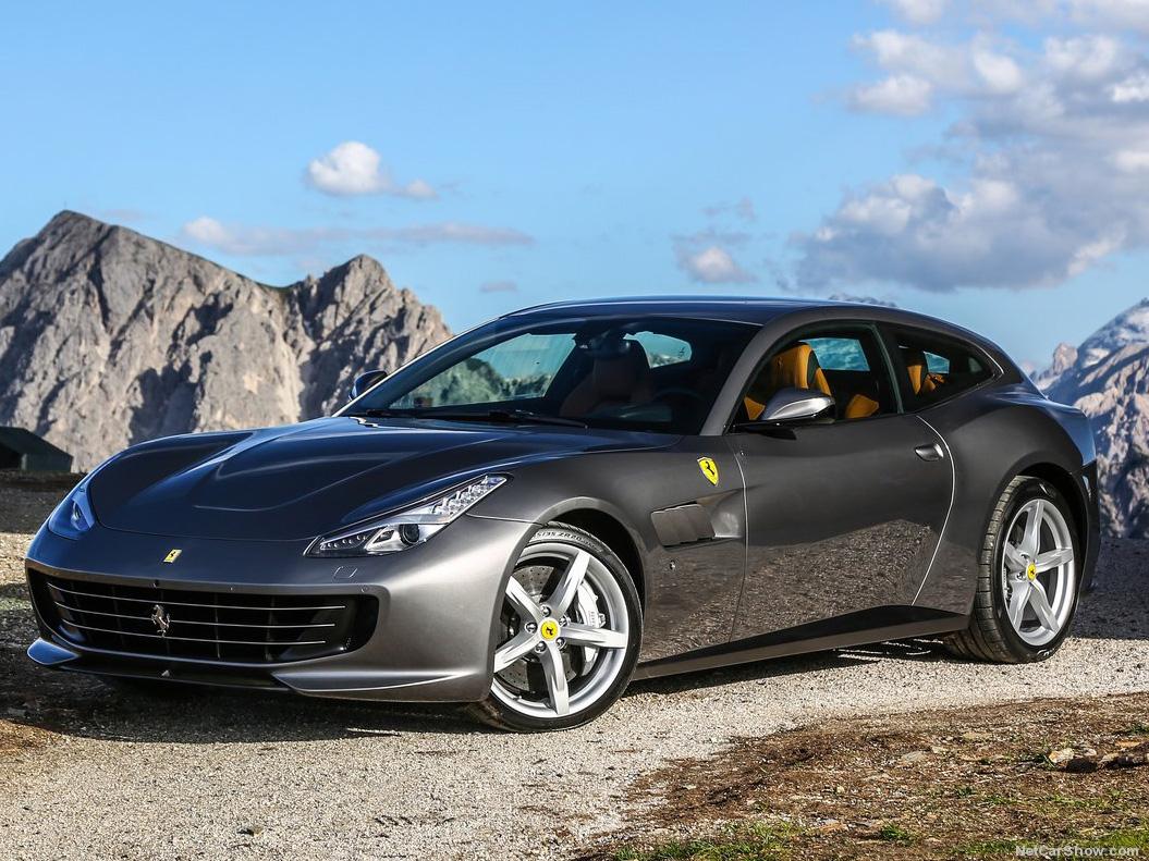 Ferrari GTC4LUSSO - recenze a ceny
