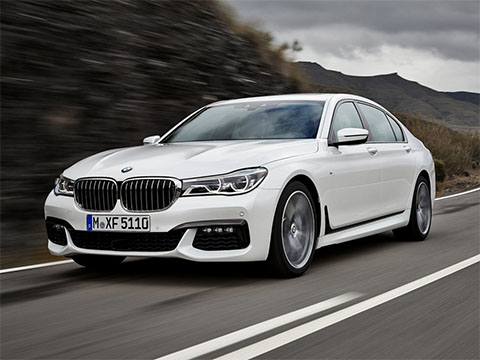 Video: BMW 7 jízda 740i